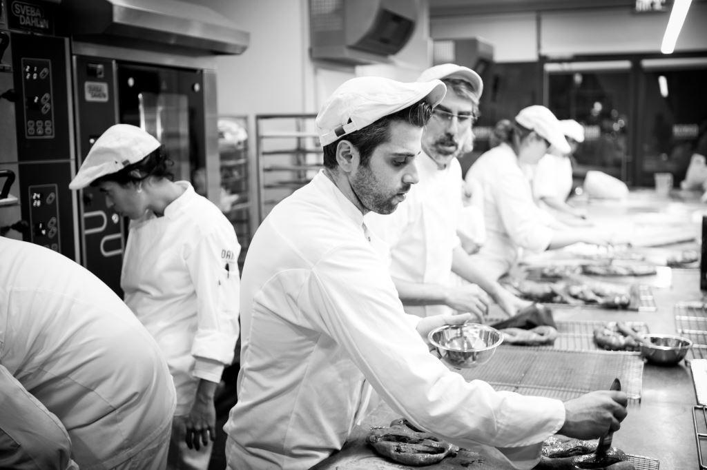 קורס לחם ואפייה בדנון - בית הספר למקצועות הקולינריה
