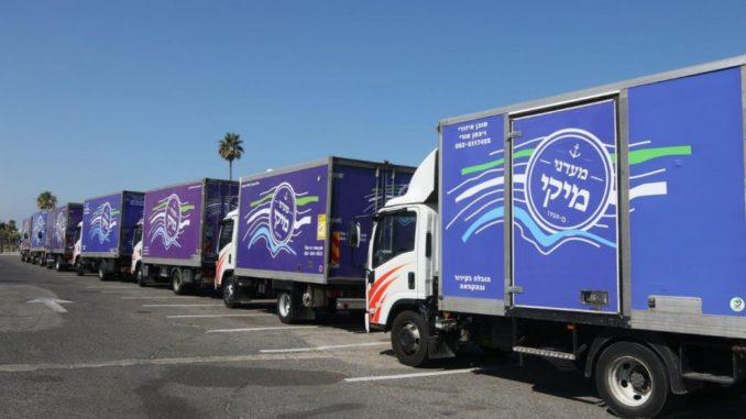 """המשאיות של מעדני מיקי, צילום: יח""""צ"""
