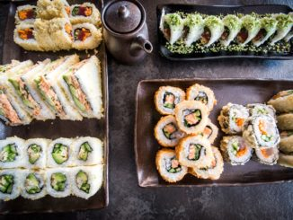 קומבינציות סושי במסעדה קיושי סושי בר בגבעת ברנר. צילום: נופר לפיד