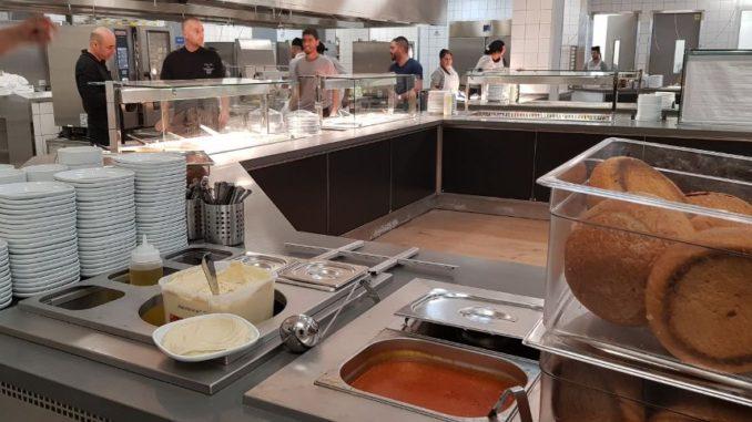 """מתחם המטבחים באיקאה באר שבע. צילום: יח""""צ"""