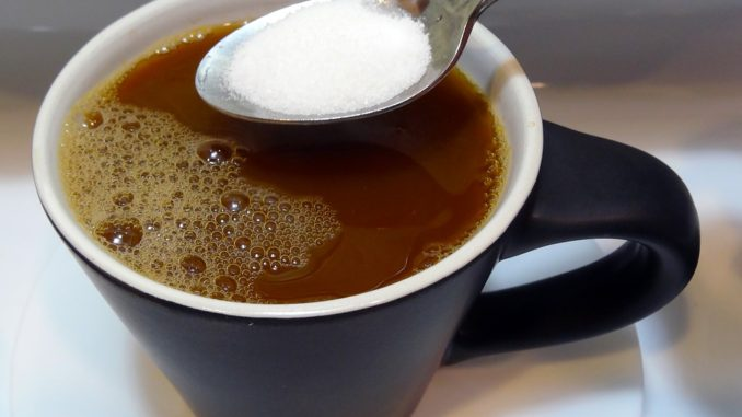 שתתה קפה והתברר לה שהממתיק מכיל סוכר