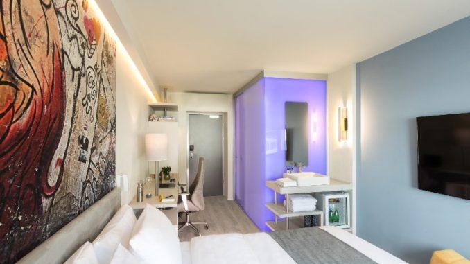 חדר במלון LINK hotel hub. צילום: דניאל לילה