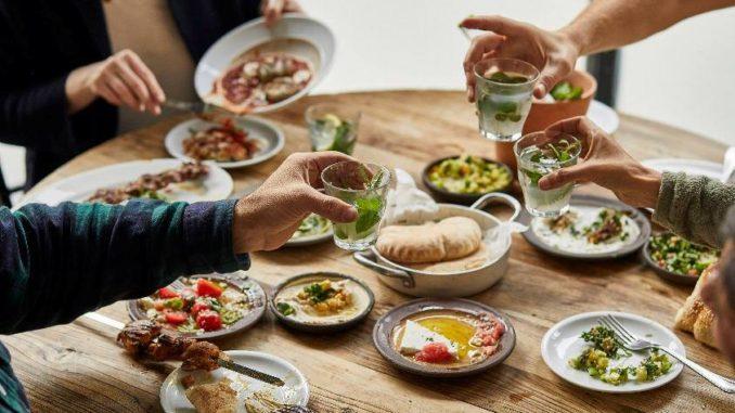 אוכל ישראלי משובח במסעדת ההאחים. צילום מסך