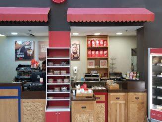 """בית קפה מרשת Coffee Station במקום העבודה. צילום: יח""""צ"""