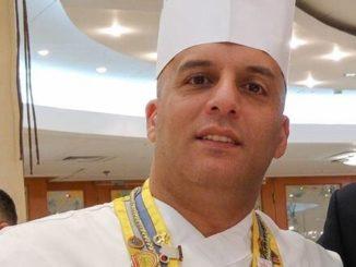 """איתן שמש, שף ראשי של מלון קיסר פרמייר. צילום: יח""""צ"""